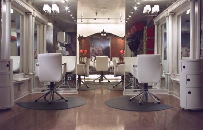 Interior-Salon-Rougeform (1)