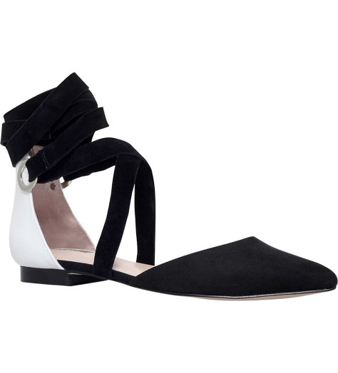 Carvella Black and white pointed-toe flats